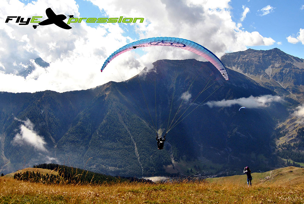Volo in biposto in alta valle ph. flyexpression